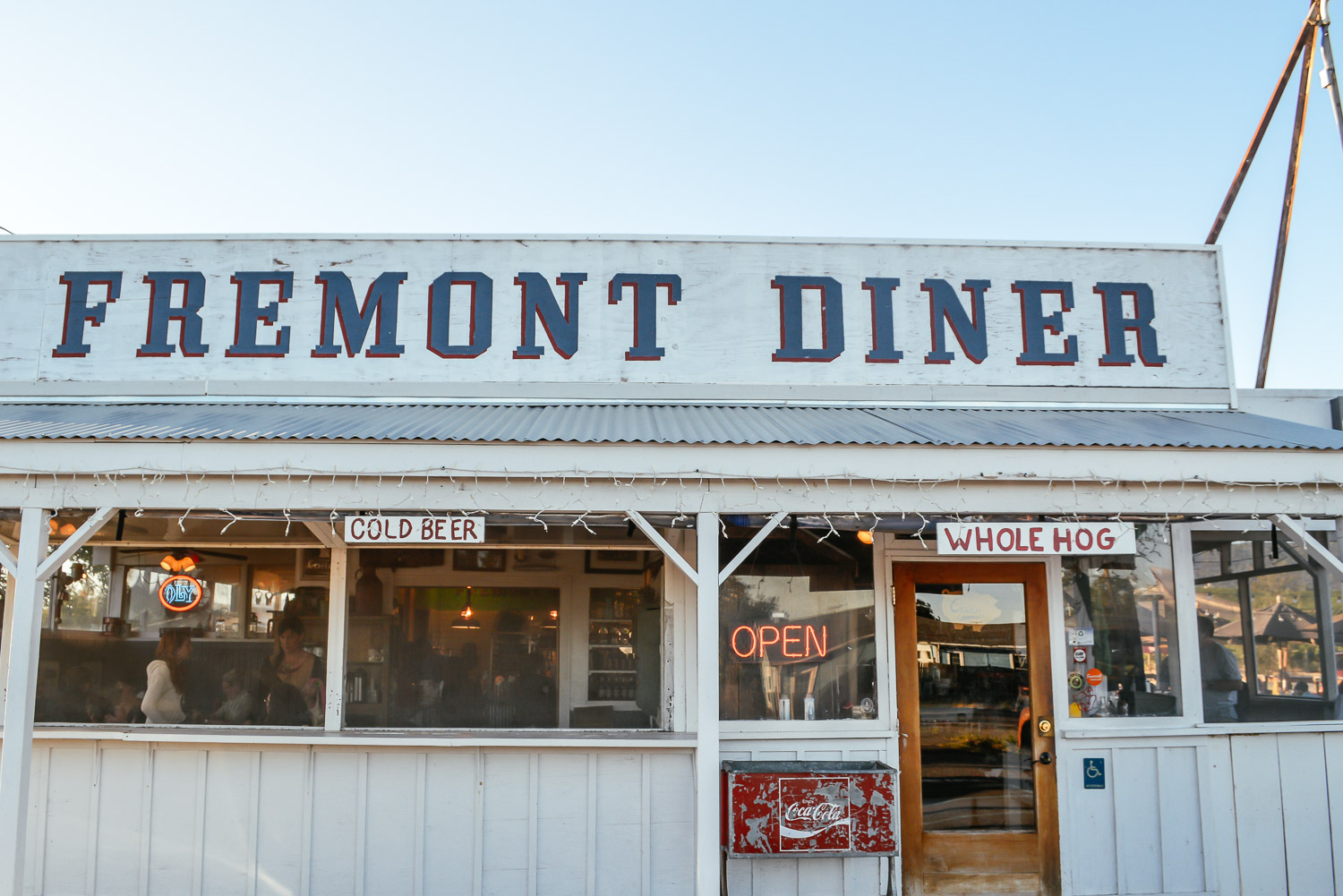 The fremont diner sonoma california weekend magazine for Weekend getaway los angeles area