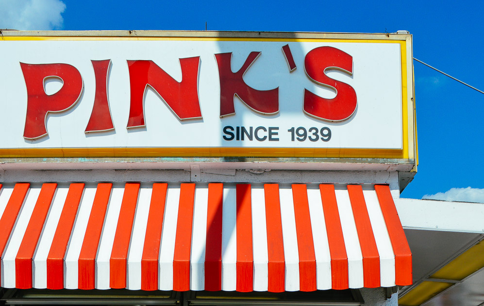 pinks-hot-dog-los-angeles-california-weekend-featured