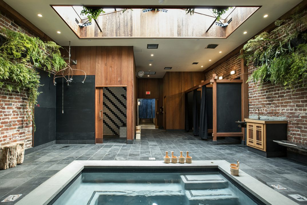 onsen_back-soaking-room_raquel-venancio-photography-top