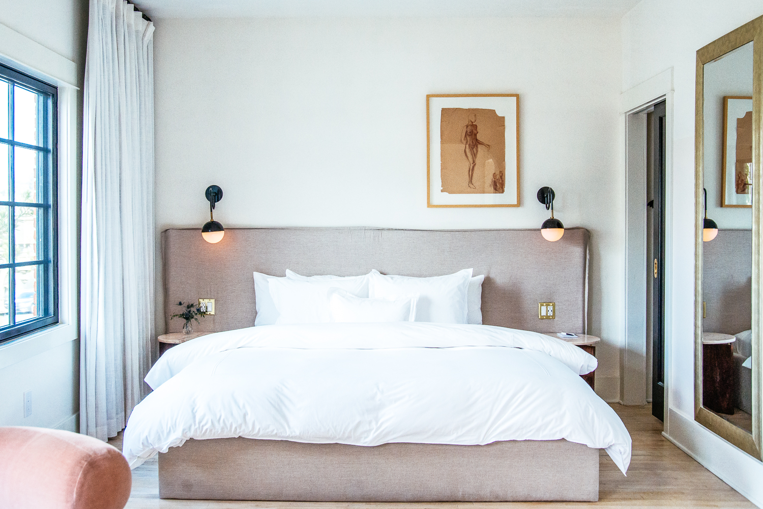 Hotel covell los angeles a stylish stay with a story in for Weekend getaway los angeles area